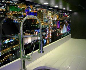 Panel szklany do kuchni z miastem